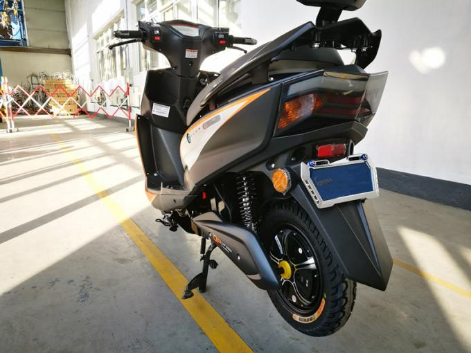 High Speed Lithium Electric Motorcycle / Scooter 65km Range Distance per Charge