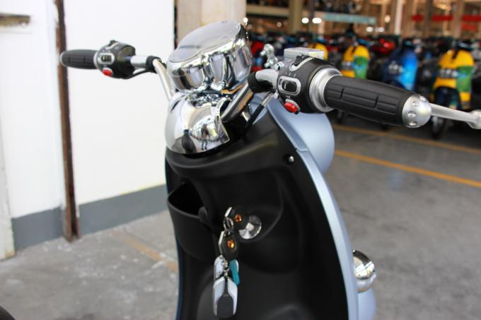 12T Controller Electric Moped Scooter EEC Approval With Lithium Ion Battery