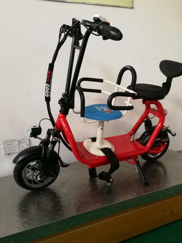 Two Wheels Mini Electric Bikes Scooters Multi Color With Lithium Battery