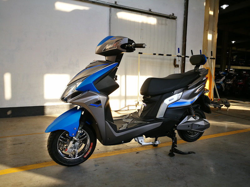 2 Wheeled Lithium Electric Scooter Lithium Battery E Bike Moped