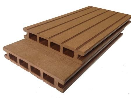 Anti Slip / Anti Rot Outdoor Solid Composite Decking135x25mm 140x25mm Nature Color