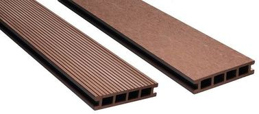 Exterior Wpc Plastic Wood Effect Decking Like Antiseptic Wood / Wpc Laminate Flooring